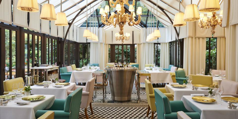 Le royal monceau raffles paris salle de s minaire et for Restaurant le jardin royal monceau