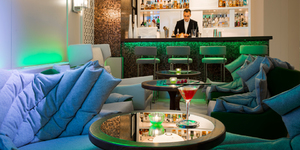 bel-ami-seminaire-paris-bar-a