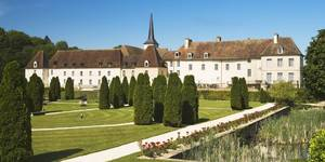chateau-de-gilly-master-1