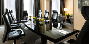 crowne-plaza-paris-republique-hotel-seminaire-ile-de-france-paris-salle-reunion-b