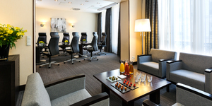 crowne-plaza-paris-republique-hotel-seminaire-ile-de-france-paris-salon-salle-reunion