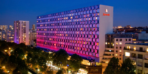 paris-marriott-rive-gauche-hotel-a-conference-center-facade-1